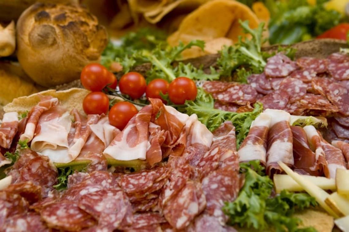salumi-cucina-tipica-sarda-ristorante-badus-cafe-badesi-sardegna-960